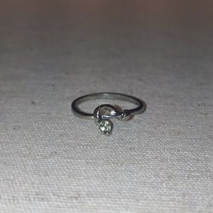 Jewelry - Simple ring